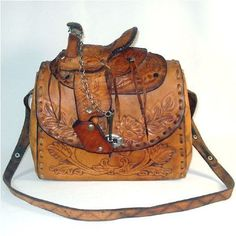 1950 S Tooled Leather Western Figural Saddle Top Purse With Horses