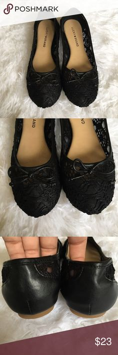 Lucky Brand Black Flats Stay cool and comfy this summer in these super lovely Lucky Brand Flats! Adorned with a tiny and simple bow on the front. These are in great used condition and show minimal signs of wear! Live long and poshper 🖖🏼 Lucky Brand Shoes Flats & Loafers