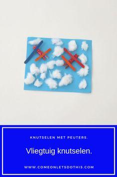 Knutselen met peuters en kleuters. Vliegtuig knutselen van een wasknijper. Thema vervoer. Thema vakantie.