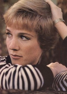 Julie Andrews-i love her!