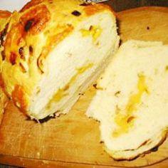 Chleb serowy z cebulą i czosnkiem
