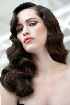 glamorous long wedding hair - Old Hollywood Hairstyles Old Hollywood Wedding Inspiration // Aisle Perfect