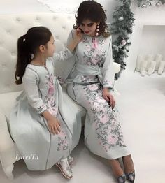 Embroidered bohamian style dresses for mother and daughter, soft linen clothes for kids, linen kaftan style Vyshyvanka dresses, boho dress Abaya Fashion, Muslim Fashion, Modest Fashion, Fashion Dresses, Caftan Gallery, Muslimah Wedding Dress, Mother Daughter Outfits, Mom Daughter, Kaftan Style