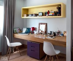 Trendy Home Office Quarto Amarelo Ideas Mesa Home Office, Home Office Desks, Desk In Living Room, Small Living Rooms, Sofas For Small Spaces, Trendy Home, Bars For Home, Home Bedroom, Home Decor Inspiration