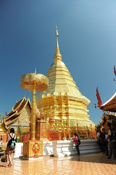 Wat Phra That Doi Suthep, Chiang Mai  http://g.co/maps/wwmtk