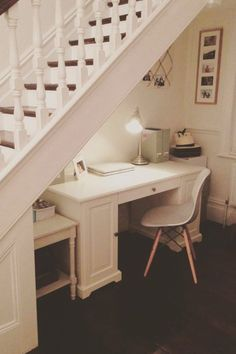 9 Inventive Ways to Use the Space Under Your Stairs Understairs Storage Inventive Space stairs WAYS Office Under Stairs, Under Stairs Nook, Under Stairs Cupboard, Under Staircase Ideas, Home Stairs Design, Home Office Design, Home Interior Design, House Design, Staircase Storage