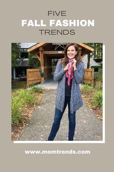 Women's fashion trends for fall. #fallfashion #falloutfit #ootd Retro Fashion, Mom Fashion, Womens Fashion, Fashion Tips, Sleek Look, Look Cool, Fall Fashion Trends, Autumn Fashion, Female Friendship