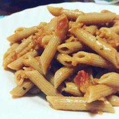 #Penne #integrali con #ragù... voi lo preferite #vegetale o #animale?? Buon #pranzo!!!  Seguiteci su www.ricettelastminute.com e su tutti gli altri social network!  #ricette #ricette #italy #italia #sicily #sicilia #Catania #instagood #instapic #picoftheday #photooftheday #me #foodstagram #foodpics #foodgasm #foodie #foodlover