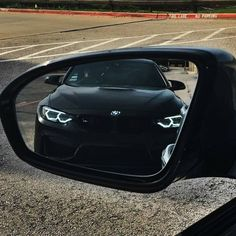 That moment when you know you're fuc*ed - Best Luxury Cars Bmw Classic Cars, Classic Car Show, Bmw M4, Bmw M Series, Bmw Accessories, Bmw Autos, Bmw Love, Best Luxury Cars, Bmw Cars