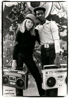 Tina Weymouth & Grandmaster Flash in NYC, 1981 by Laura Levine.(via smooth)