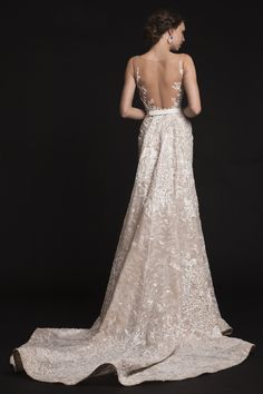 Wedding gown by Krikor Jabotian || Selected by Finepointwedding.com