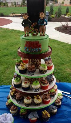 - Wild Kratts cake w/animal cupcakes