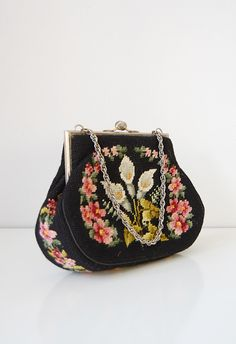 vintage purse | vintage needlepoint bag | Lily Olena Purse