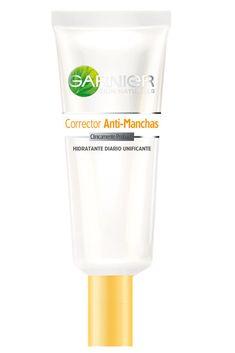 A veces el sol o el acné nos provocan algunas manchas. La edad también se hace visible y algunos productos nos ayudan a mejorar eso. Este es un corrector que debo probar.