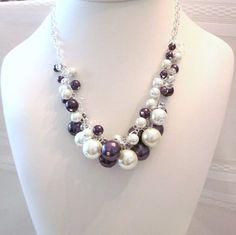 Perla y collar de cristal Cluster en blanco y negro púrpura-grueso, gargantilla, boda, Bridal, dama de honor, brillante, audaz, Colegio colores