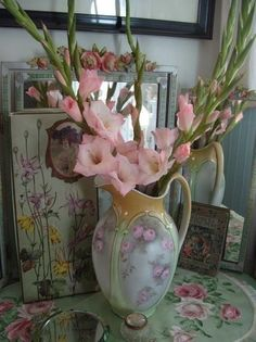 Vintage pitcher with glads - soooo pretty
