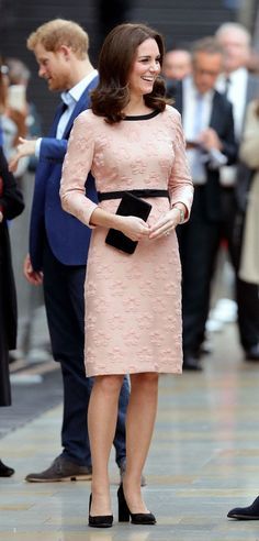 b30f8e96338 Kate Middleton block heels Kate Middleton Shoes