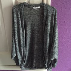 Grey Knit Cardigan barely worn. perfect condition. I am an XS and it goes down to my upper thigh and right below the butt. the sleeves are full length. Brand: Cherish Forever 21 Sweaters Cardigans