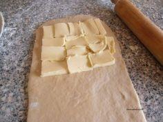 pate à couque pour viennoiseries feuilletées!!   Le Sucré Salé d'Oum Souhaib Egg Rolls, Croissants, Flan, Ratatouille, Raisin, Barbecue, Dairy, Cheese, Bouquets
