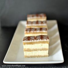 """Not So Humble Pie: Classic Napoleons --because I'm crazy and think it'd be fun to try making puff pastry. and yes, I do take the """"Top 10 Most Difficult Recipes"""" list as a challenge. French Desserts, Köstliche Desserts, Italian Desserts, Delicious Desserts, Dessert Recipes, Yummy Food, Cake Recipes, Puff Pastry Desserts, Pastry Recipes"""