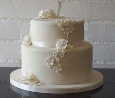 Wedding Cake Designs Purple And Blue and Wedding Vows Renewal Ceremony after Non Traditional Wedding Cakes Pictures Wedding Cake Two Tier, Ivory Wedding Cake, Wedding Cake Fresh Flowers, Small Wedding Cakes, Wedding Cake Photos, Elegant Wedding Cakes, Wedding Cake Designs, Wedding Cake Toppers, Trendy Wedding