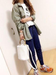 GUコーデ with ミッキー♡ ミリタリーシャツはmen'sです♪ ゆったり着たくてMにしました♡