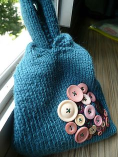 Gauge is not really important. I personally like a sturdier bag so I will knit with a tighter gauge.