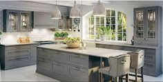 Bilderesultat for kjøkkenøy med sitteplass Kitchen Cabinet Colors, Kitchen Reno, New Kitchen, Kitchen Remodel, Kitchen Cabinets, Kitchen Ideas, Kitchen Interior, Interior Design Living Room, Transitional House