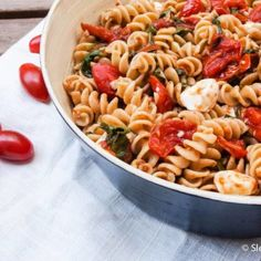 A quick and easy weeknight meal the whole family will love: whole wheat caprese pasta!