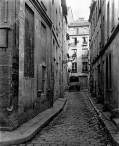 """Charles Marville, views of """"le vieux Paris"""" 1860-65"""