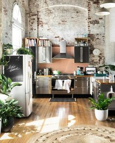 Gravity Home: Kitchen with exposed brick in a Warehouse Apartment by Hunting for George Related Amazing Bedrooms With Exposed Brick WallsHow to Build a Faux Brick Artistic Vintage Brick Wall Design Home Interior Decoration Design, Deco Design, Design Design, Design Basics, Nordic Design, Design Homes, Modern Design, Floor Design, Brick Design