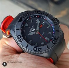 All Black Watches, Cool Watches, Watches For Men, Seiko Automatic Watches, Seiko Mod, Hublot Watches, Beautiful Watches, Luxury Watches, Fashion Watches