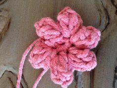 Annoo's Crochet World: Precious Newborn Fall Baby Booties Free Pattern