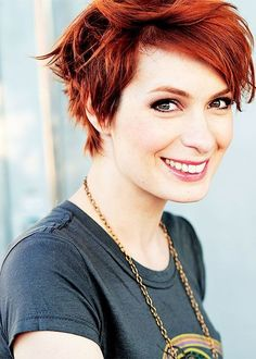 Felicia Day is cute anyway...but I love her hair! Maybe someday hubby will convince me to chop mine back off again.