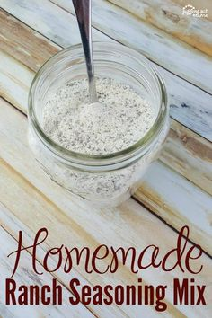 Here's how to make your own Homemade Ranch Seasoning Mix without all the preservatives and other weird ingredients! Plus, make your own Ranch Dressing and Ranch Dip, too! (This makes a great housewarming or hostess gift, too! Homemade Ranch Seasoning, Ranch Seasoning Mix, Homemade Seasonings, Homemade Sauce, Tasty Dishes, Food Dishes, Food Food, Side Dishes, Sauces