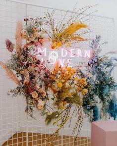 "Modern Weddings on Instagram: ""Modern Love. Photo: @emmahopp⠀ .⠀ .⠀ .⠀ .⠀ .⠀ #beachbride #modernbride #destinationwedding #uniquebride #bride2019 #weddingdresses…"""