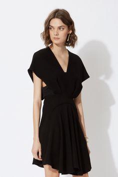 petite robe noire invite mariage soiree maje l la fiance du panda blog mariage et lifestyle - Robe Noire Invite Mariage