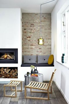 MUST HAVE: put 1 cozy fireplace nook facing east ==> PLUS put 1 in TV room too facing north