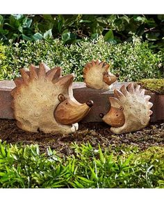 Set of 3 Animal Family Statues fills your garden with friendly creatures. Made of terra cotta, each family comes with a parent and two children of different sizes. Arrange the little family almost any