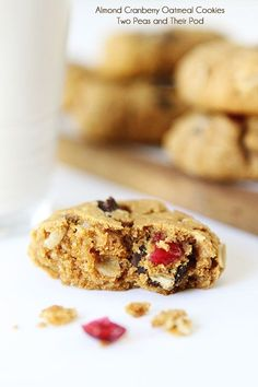 Almond Cranberry Oatmeal Cookies {Vegan}>>replace almond butter with cashew butter. Savory Oatmeal Recipes, Oatmeal Cookie Recipes, Snack Recipes, Dessert Recipes, Snacks, Dessert Ideas, Almond Butter Cookies, Oatmeal Cookies, Cashew Butter