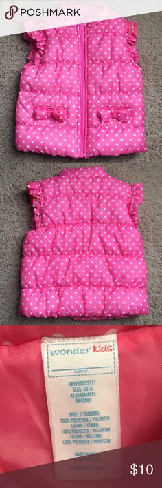 Adorable Puffer Vest Pink Baby Girl Sz 18 Sz 18 months. Great condition ruffle sleeves and bows on the pocket. Brand is Wonder Kids. Wonder Kids Jackets & Coats Vests