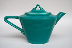 Spruce Harlequin Teapot by Homer Laughlin, West Virginia, 1938....