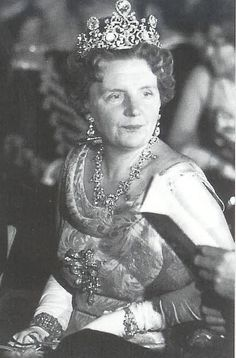 Queen Juliana wearing the stunning Stuart Diamond tiara by lula