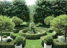 like us for more beautiful gardens: https://www.facebook.com/travellerstable