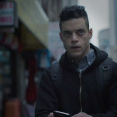 """Mr. Robot (@whoismrrobot) on Instagram: """"Stage 2 can't be allowed to execute. No matter the costs. #MrRobot is back TONIGHT. 10/9c.…"""" - Rami Malek as Elliott Alderson in Mr.Robot S3"""