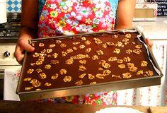Chocolate Chip Walnut Brownies | Recept.nu