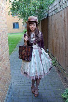 By herajika  http://www.flickr.com/photos/herajika/