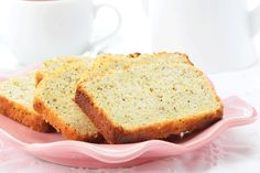 This lemon poppyseed cake made with whole wheat flour and coconut oil is super delicious without the guilt. Easy Brunch Recipes, Easy Cake Recipes, Wine Recipes, Slow Cooker Recipes, Crockpot Recipes, Poppy Seed Cake, Lemon Poppyseed Muffins, Food Website, Russian Recipes