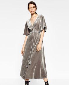 Image 3 de ROBE CROISÉE EN VELOURS de Zara