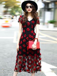 Fashion Hit Color V-Neck Mesh Skater Dress; Size: S,M,L,XL,2XL; Color: Red; Material: Cotton; Material: Polyester; Style: Casual; Silhouette: A-Line Dresses; Pattern Type: Print; Decoration: Lace; Dresses Length: Mid-Calf; Sleeve Style: Regular; Sleeve Length: Short; Waistline: Empire; Neckline: V-Neck; ; Price: US$ 65.49